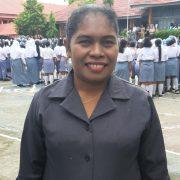 Kata Guru dan Siswi  SMANSA Manokwari Millennial Festival Ok, Tetapi Keselamatan Lalulintas  Harus Lebih Ok..!!