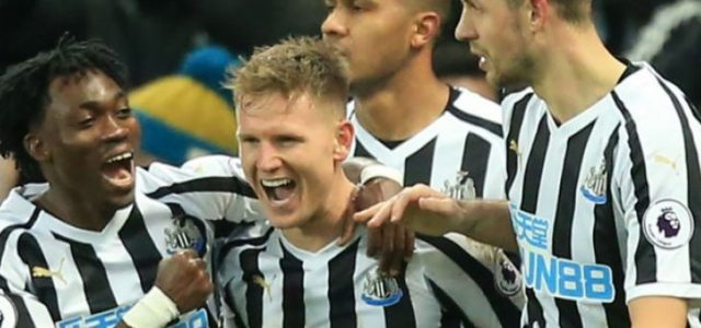 Newcastle Menang 2-1