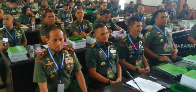 Pangdam VIII/Kasuari Ingatkan TNI Tidak Berpolitik