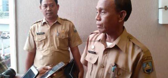 Disentil Gubernur, Pemda Manokwari Segera Tertibkan Kios di Bantaran Jalan