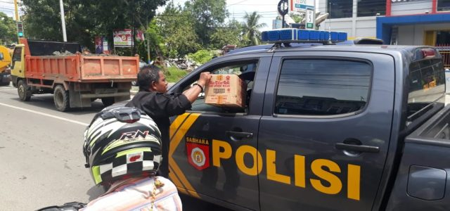 Terima Kasih TNI, Polri, ASN,  Penjual Sayur, Ojek  yang Berdonasi untuk Korban Banjir Sentani