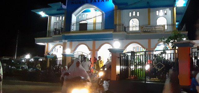 Besok Puasa, Jemaah Masjid Nurul Fatah Reremi Manokwari Sholat Tarawih Malam Pertama