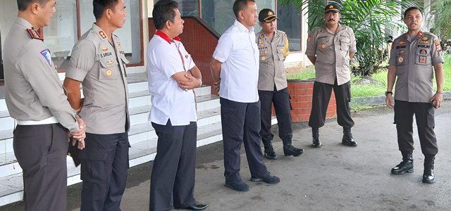 Dilepas Bupati, Kapolda Papua Barat Pantau  Pengamanan Pawai Takbir Idul Fitri 1440 H