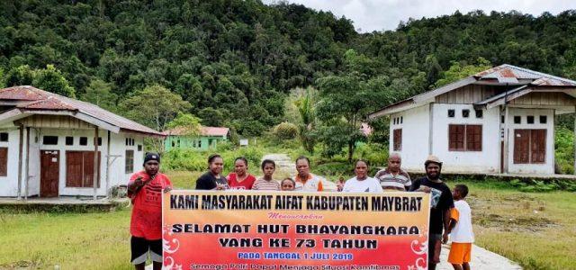 Bakti Sosial Masyarakat dan Polsek Aifat Kabupaten Maybrat Sambut HUT Bhayangkara Ke-73