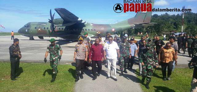 Gubernur, Pangdam dan Kapolda Tiba  di Fakfak