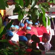 Jenazah Mendiang Haji BJ Habibie Tiba di Rumah Duka