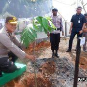 Pesan Kapolda Papua Barat Pada Polri Peduli Penghijauan, Kita Jaga Hutan, Hutan Jaga Kita