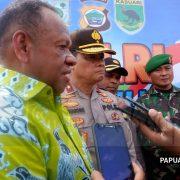 Dinas Lingkungan Hidup Merespon Perhatian Kapolda untuk Bersih-bersih Pulau Mansinam Jelang HUT PI