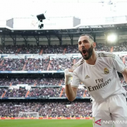 Gol Tunggal Benzema Antar Real Rajai Derbi Madrid