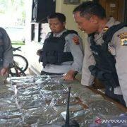 Patroli Polisi di Perbatasan RI-PNG Temukan 40 Paket Ganja