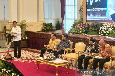Presiden Jokowi Perintahkan Kemendag Pastikan Stok Bahan Pangan Cukup