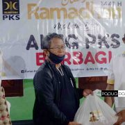 PKS Papua Barat dan Aleg PKS Peduli Warga Terdampak COVID-19