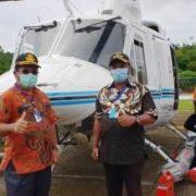 Sinergi Dengan Pemda, BP Bantu Helicopter Distribusi Sembako ke Moskona