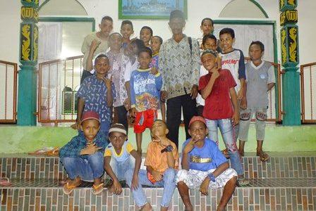 Sambut Idul Fitri 1441 H, Warga Sekru Fakfak Papua Barat Laksanakan Taqbir Dari Rumah, Besok Pelaksanaan Sholad Ied