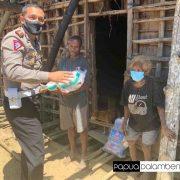 Bakti Sosial Direktorat Lalu Lintas Polda Papua Barat Sentuh Warga Terpencil Pegunungan Arfak