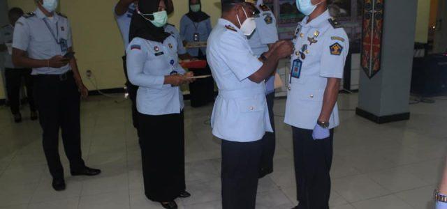 Anthonius Ayorbaba Lantik Pejabat Kemenkumham Papua Barat Secara Virtual