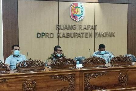 Soal Hak Panwas Distrik Yang Belum Dibayarkan, Perwakilan Panwas 17 Distrik Datangi DPRD Fakfak
