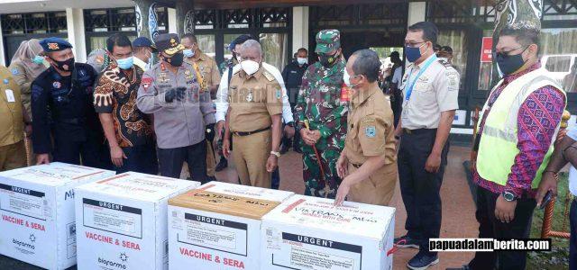 7.160 Dosis Vaksin Covid-19 Tiba di Manokwari, Gubernur: Prioritas Tenaga Medis