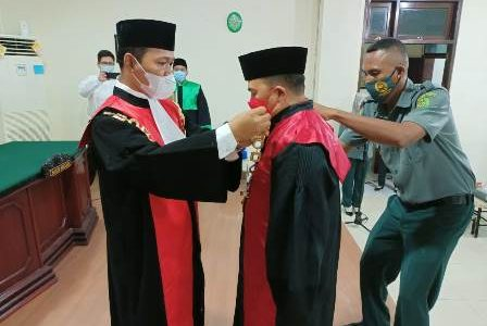 Dedy Heriyanto Jabat Waket PN Fakfak, Tri Margono Ingatkan Bawahannya Untuk Kerja Keras Ciptakan WBK di Pengadilan Negeri Fakfak