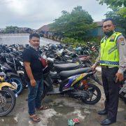 Polres Manokwari Kembalikan Motor Curian yang Terjaring Razia Sat Lantas