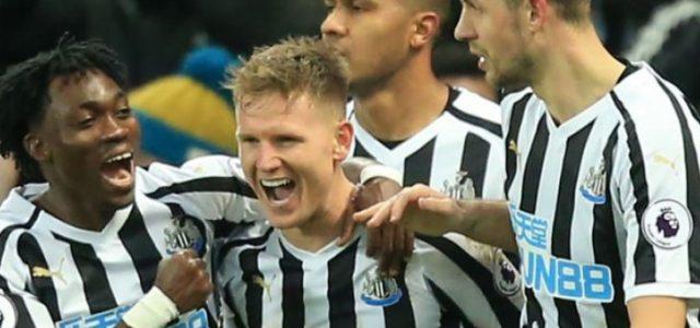 Newcastle Menang 2-1