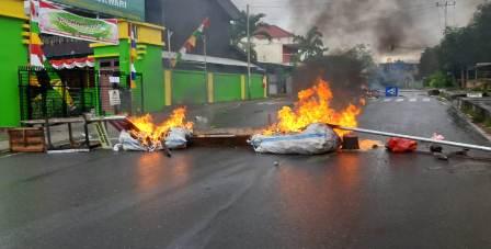 Ucapan Salah dari Sebrang Sulut Amarah di Manokwari, Bara Tidak Bisa Dihandari, Gedung DPR Papua Barat Dibakar
