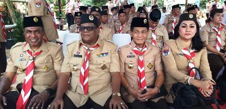 Wagub Papua Barat Jelaskan Rumah Kaki Seribu ke Presiden Joko Widodo