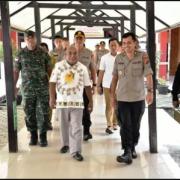 Gubernur Papua, Pangdam dan Kapolda Kunjungi Korban Penganiayaan