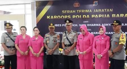 Kapolda Papua Barat Pimpin Sertijab Karoops