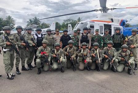 Kapolda Maluku Kunjungi Anggota Brimob Maluku yang sedang Operasi Namengkawi di Nduga Papua