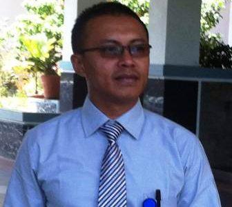 Plt Kadis KP Merespon Pernyataan Bupati Fakfak  Soal Status Facebook Istri Oknum Pejabat