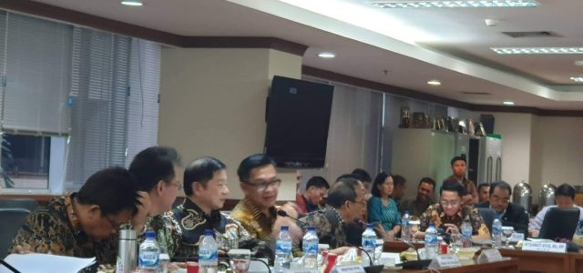 Filep Wamafma: Pemindahan Ibu Kota Negara di Kalimantan, Bappenas Jangan Lupa Design Papua