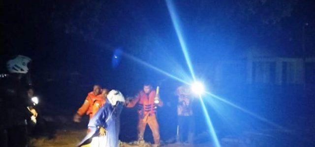 Tim SAR Sisir Lokasi Banjir Wasior Papua Barat