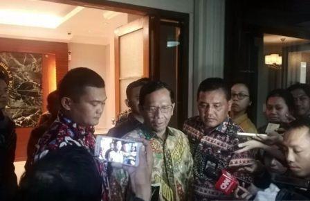Soal Corona, Mahfud: Belum Perlu Tindakan Darurat di Indonesia