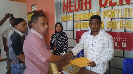 Terganjal Ditahap Penelitian Berkas Dukungan, Wakil Ketua MRPB Adukan KPU Fakfak