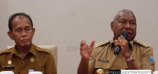 Gubernur Searah dengan Presiden, Tidak Lakukan  Lockdown di Papua Barat, Batasi Perjalanan Dinas