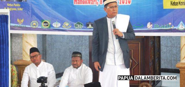 Taushiyah KH M Cholil di Masjid Nurul Fatah Manokwari , Hijrah itu dari Maksiat ke Taat