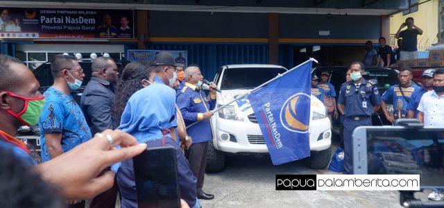NasDem Peduli, Dominggus Mandacan Sebar 11.600 Paket Sembako ke Kabupaten/Kota di Papua Barat