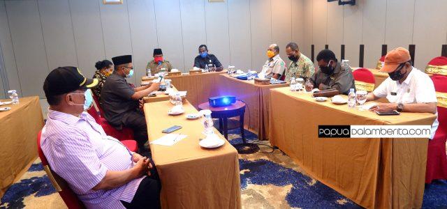 DPR Papua Barat Sorot Kenaikan Harga, Sosialisasi Pencegahan, Sampai Hotel Jadi SekretariatCOVID-19