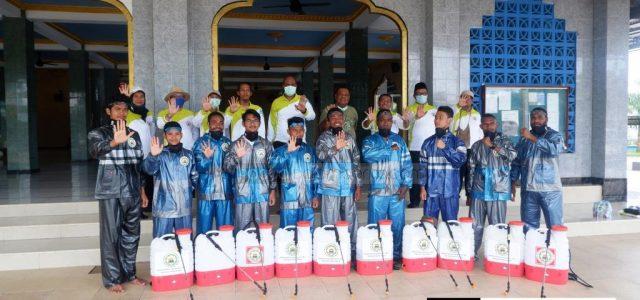 DMI Papua Barat Semprotkan 300 Liter Disinfektan di 12 Masjid di Manokwari