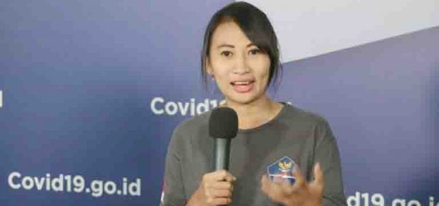 Suka Duka Relawan Perempuan yang Jadi Supir Ambulans Pasien COVID-19