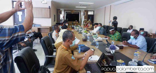 OTG Naik, Minim Karantina Terpusat, Wagub Papua Barat: Tak Ada Takbir Keliling, Kepala Batu Polisi Ambil Langkah