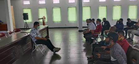 Kaum Muda Fakfak Beri Dukungan Moril dan Spirit Untuk dr. Subhan Rumoning, Fokus Tangani Covid -19