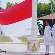 Sebelum Berbusana Adat Ikut Upacara Virtual dari Istana, Gubernur Irup Peringatan HUT Ke-75 RI Lingkungan Pemda Papua Barat