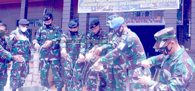Odimil Manokwari Musnahkan 1.728 Botol Miras Milik Oknum Anggota TNI Nakal