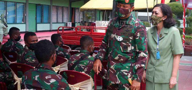 Mayjen Cantiasa Ajak Prajurit Kodim Manokwari Teladani Semangat Pahlawan Asli Papua