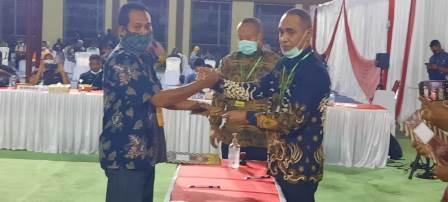 """KPU Fakfak Jatuhkan Palu, Paslon """"UTAYOH"""" Unggul Perolehan Suara Pilkada 2020"""