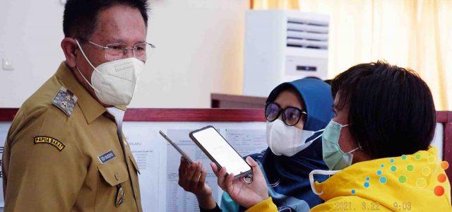 Antusias Warga Ikut Vaksin Corona, Diluar Dugaan Wakil Bupati Manokwari