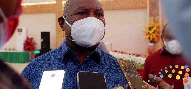 Gubernur Papua Barat Terus Ajak Warga Ikut Suntik Vaksin Corona