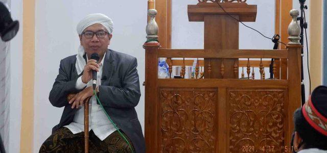KH Misbahul: Jaga Sholat, Ramaikan Masjid dengan Sholat Berjama'ah